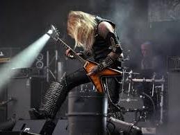 metal guitar player lessons